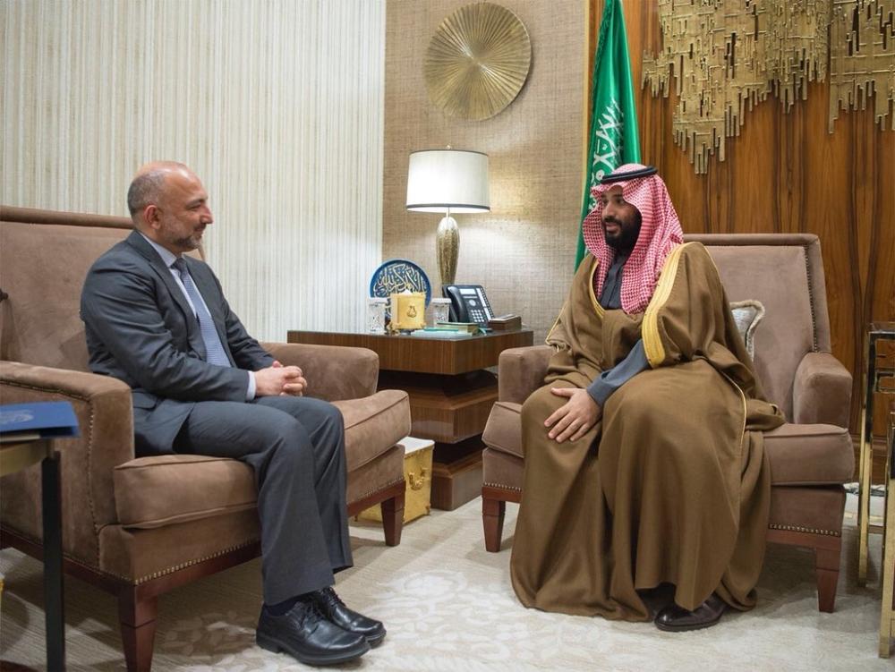 ولي العهد يلتقي مستشار الأمن القومي الأفغاني