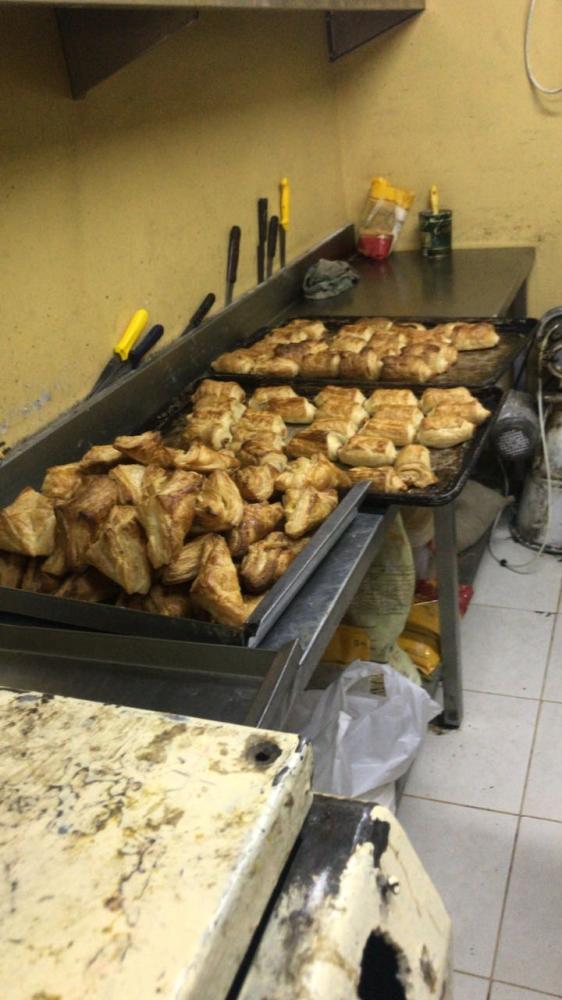 مصادرة 3600 كغم مواد غذائية تالفة بالدمام