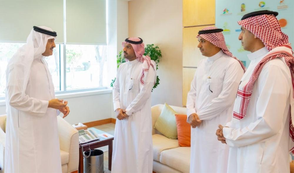 سلطان بن سلمان يؤكد على رفع مهارات الطيّارين السعوديين