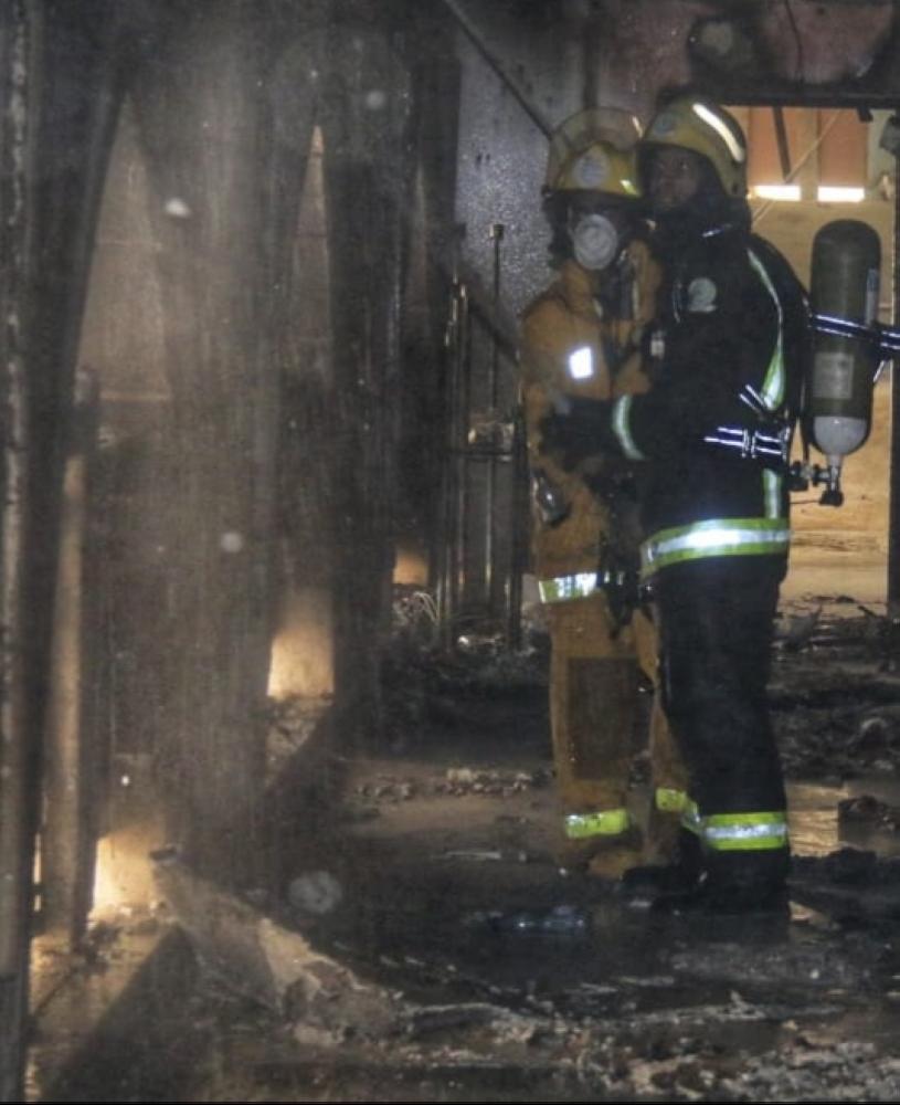 إخماد حريق اندلع في أحد 1561304.jpg