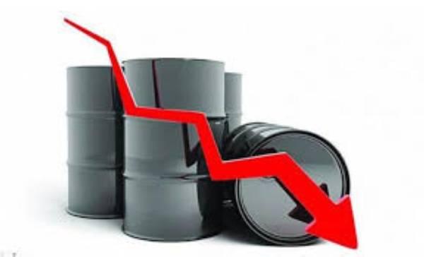 """كم بلغت نسبة انخفاض سعر برميل نفط خام القياس العالمي """"برنت"""""""