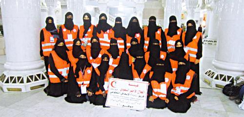 54 فتاة ينخرطن في العمل التطوعي ويقدمن العلاج لضيوف الرحمن المدينة