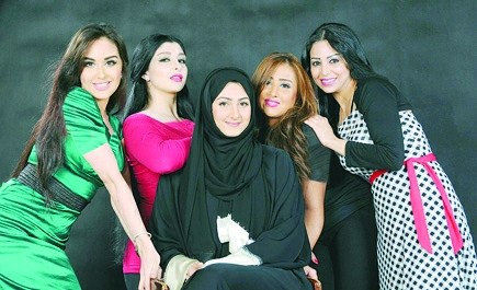 الكاتبه ليلى الهلالي