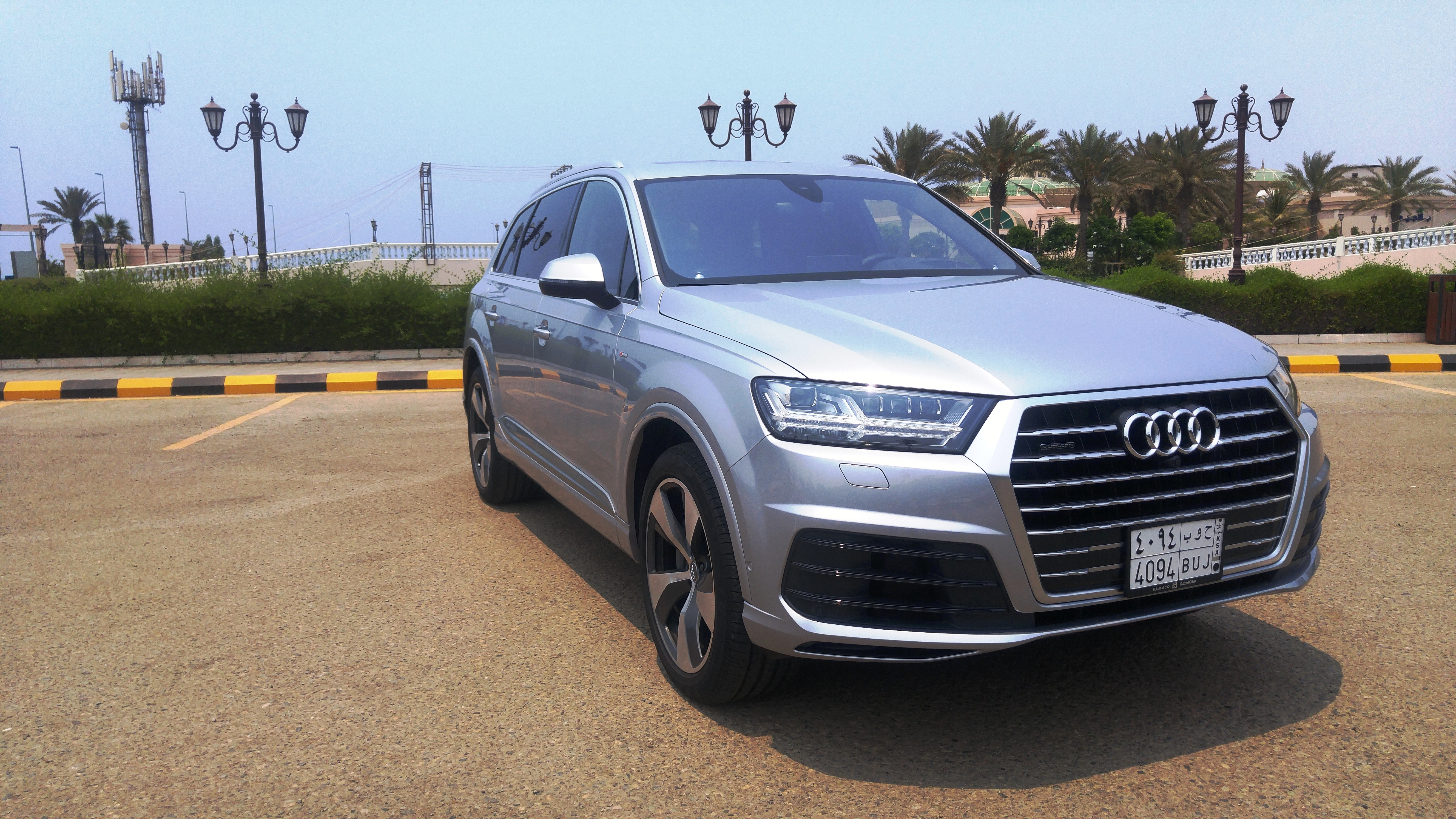 سيارة Audi Q7الجديدة: مثال واضح عن الكفاءة التكنولوجية رفيعة المستوى من أودي