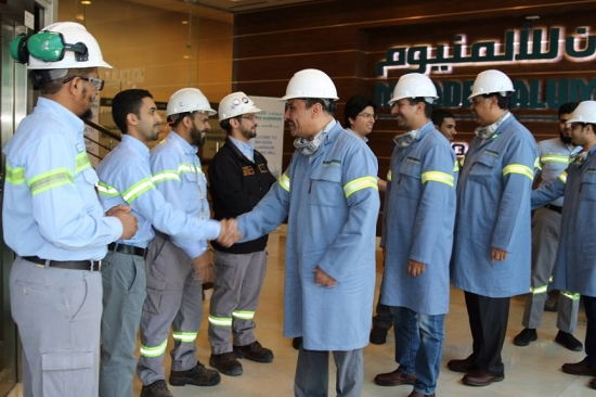 الحميدان يشارك المهندسين السعوديين التصنيع في معادن - المدينة